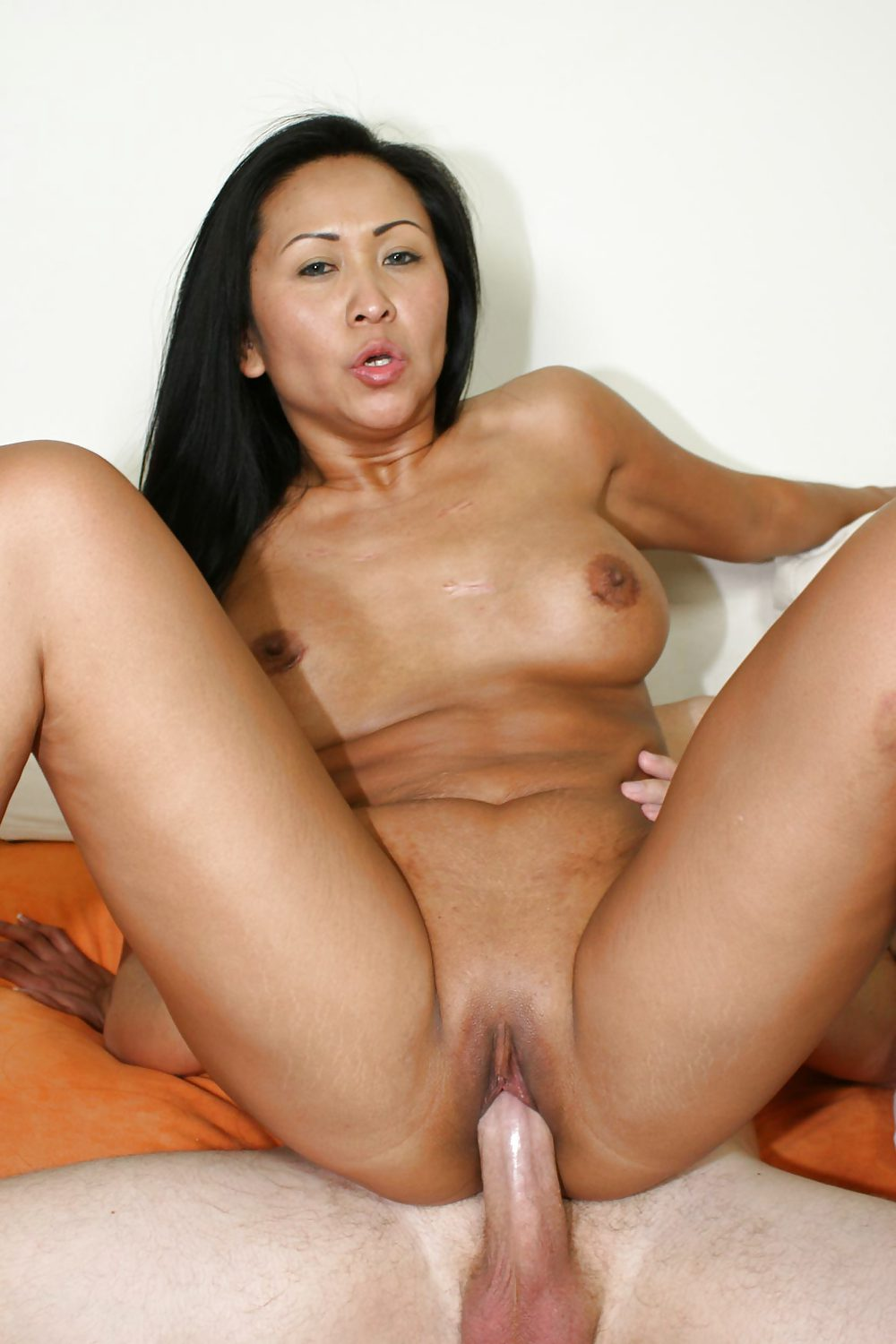 big nude black mom